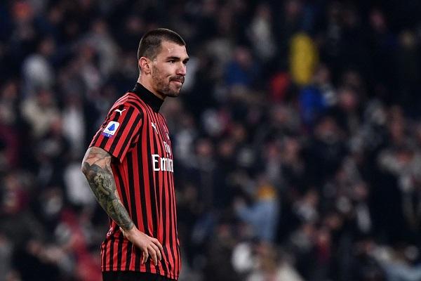 Alessio-Romagnoli-AC-Milan Barcelona